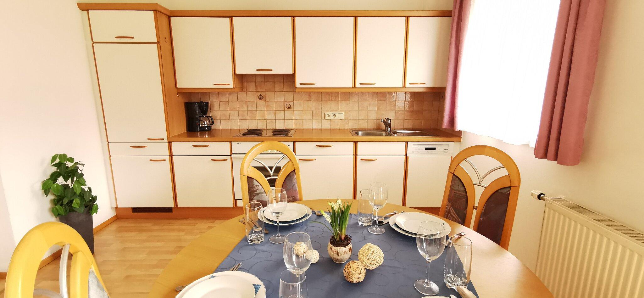Küchen- Essbereich Typ B 4-6 Personen
