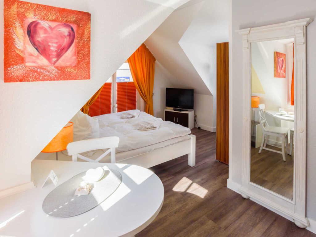 Villa Binz F620 WG 04 im 2. OG 'Liebe und Leidensc