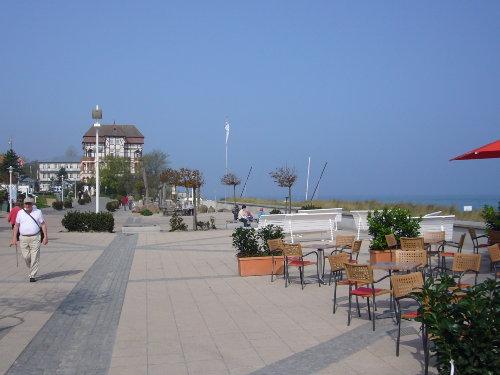 Zehn Minuten zur Strandpromenade.