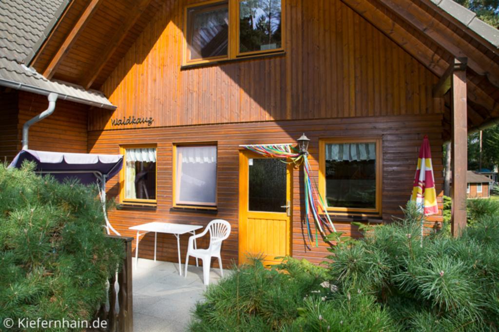 Feriensiedlung Kiefernhain, Ferienhaus Schwalbe