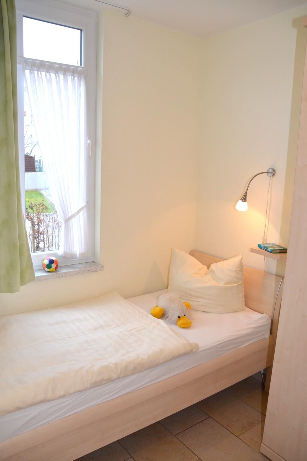 Ferienwohnungen Villa 'Am Sonnenstrand', Kat II -