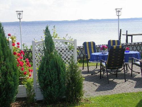 Terrasse zum Ferienhaus