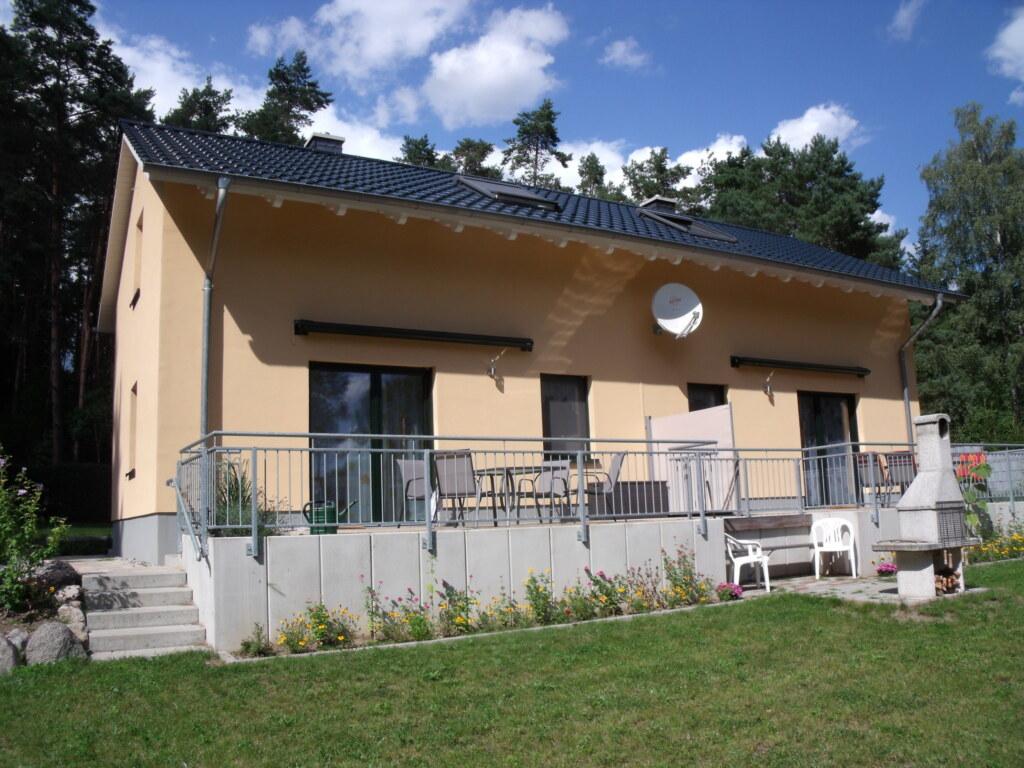 Doppelferienhaus am Wald, Doppelhaushälfte 'Amsel