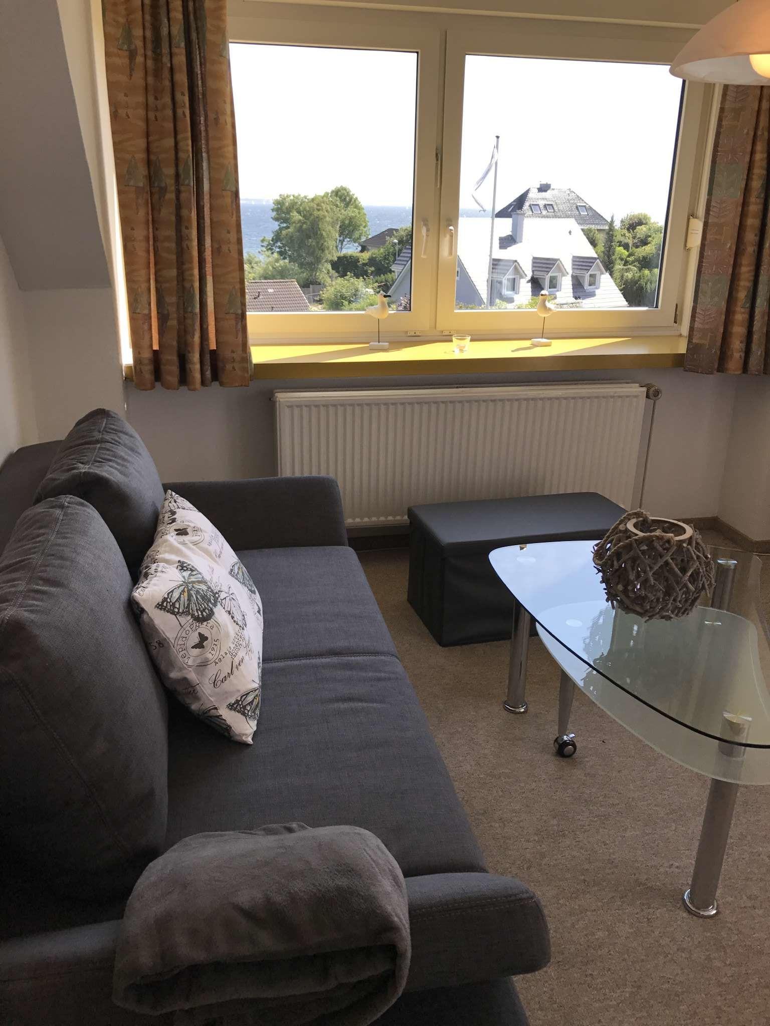 Wohnzimmer mit Blick auf die Förde