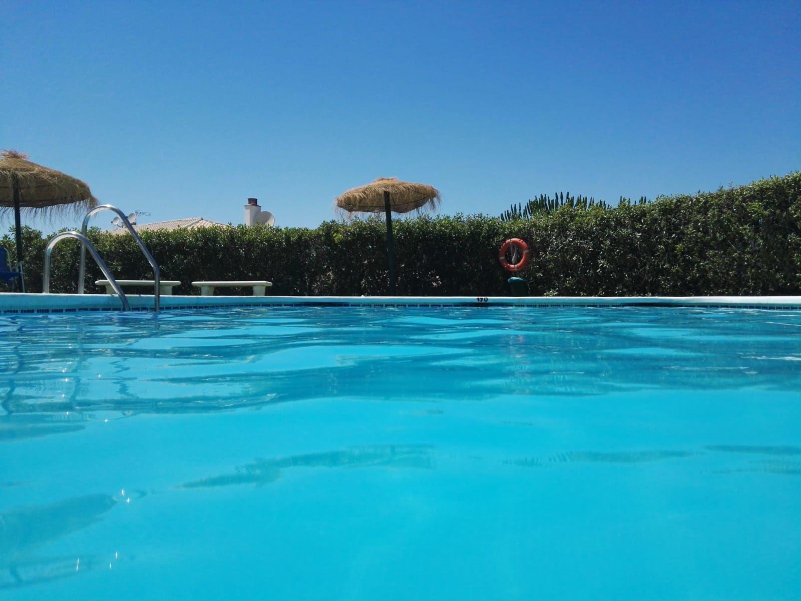 Pool (nur wenige Schritte entfernt)
