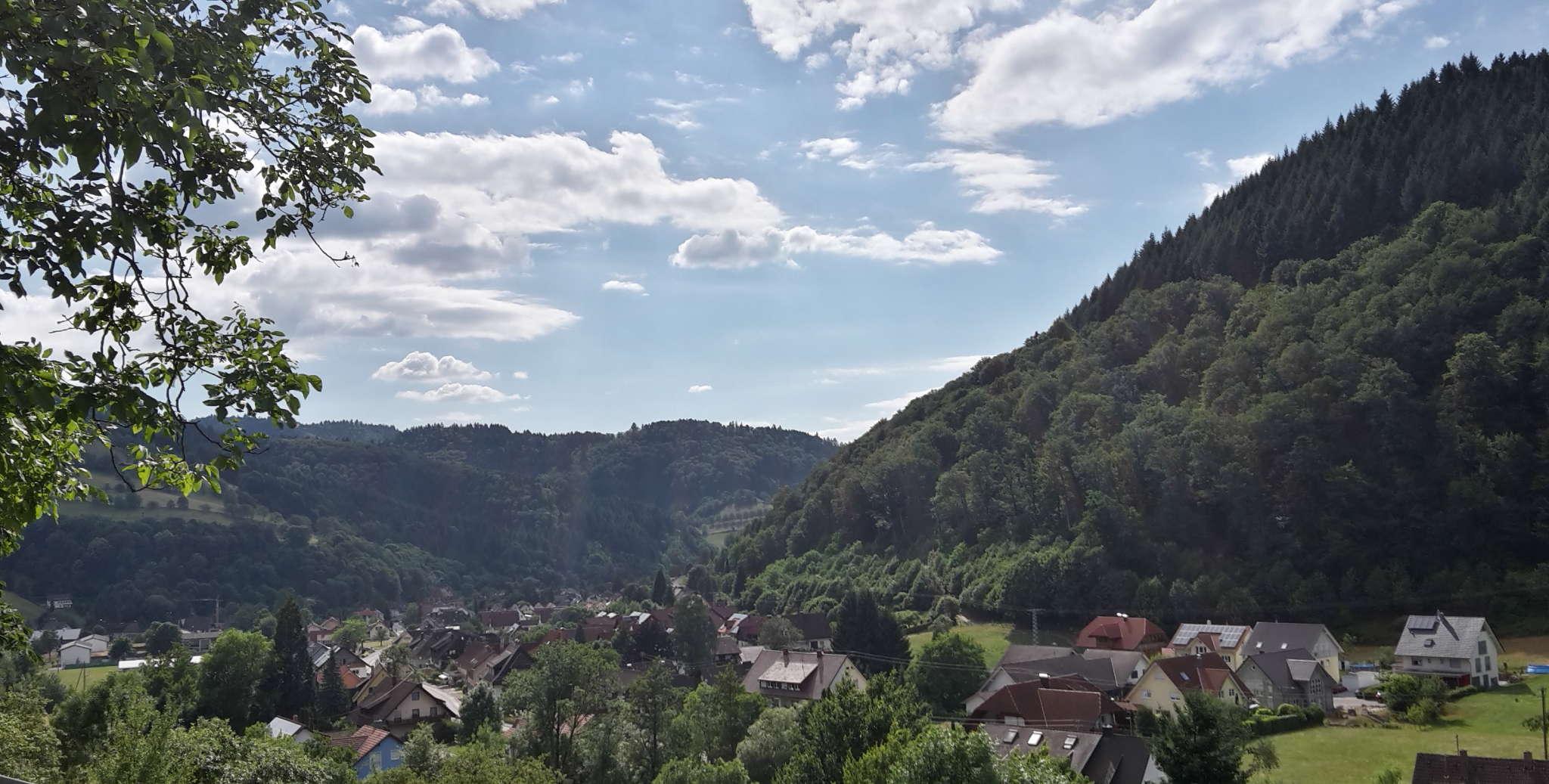 Mit einem freien Blick ins Tal...