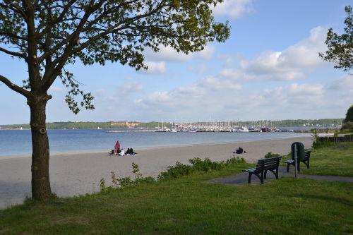 Strand vor der Haust�r
