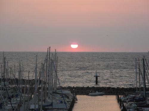 Meeresblick - Sonnenaufgang