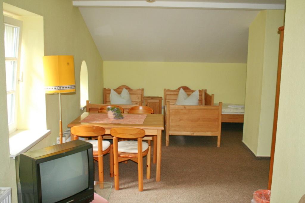 Bürgerhaus Hasenberg, Doppelzimmer mit zwei Aufbet