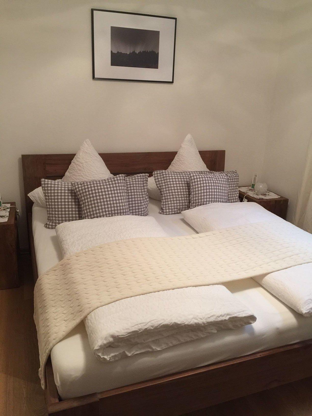Schlafzimmer, UG