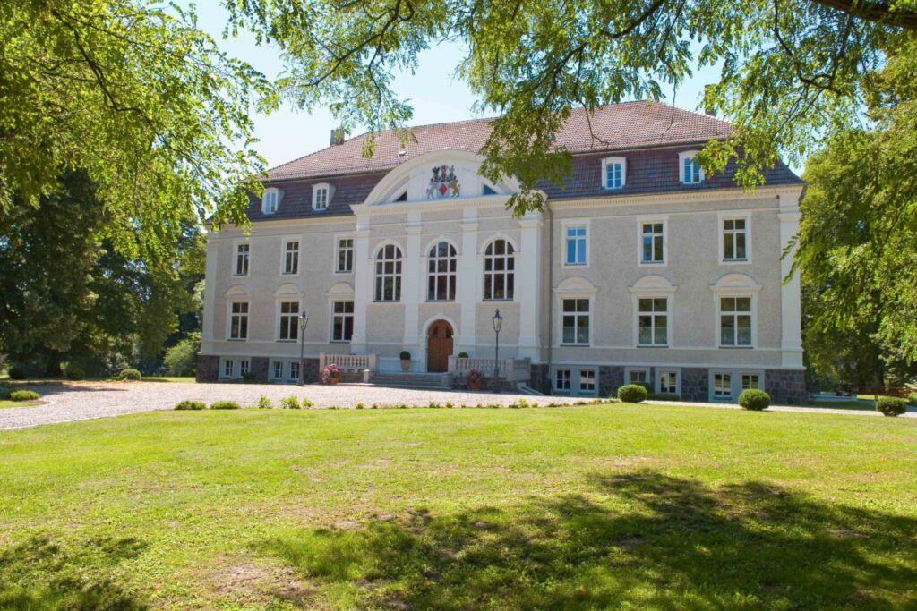 Schloss Zinzow, Fewo 1 (1-Raumfewo 35 m�)