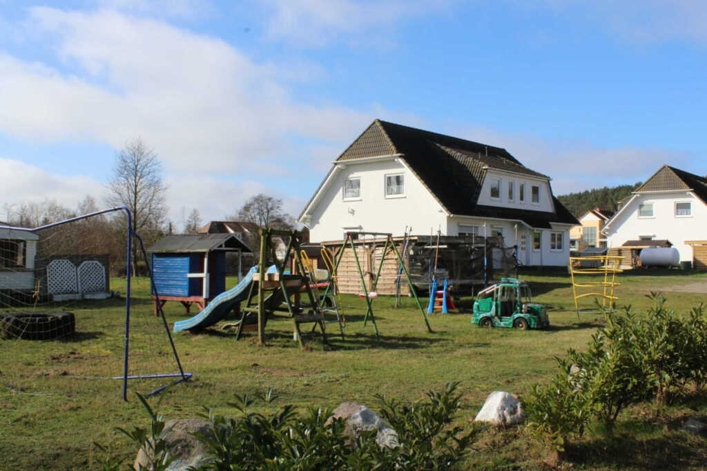 Ferienwohnungen Familie Piel, Haus 2 Fewo 5 unten