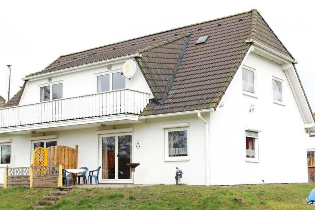 Ferienwohnungen Familie Piel, Haus 2 Fewo 4 oben r