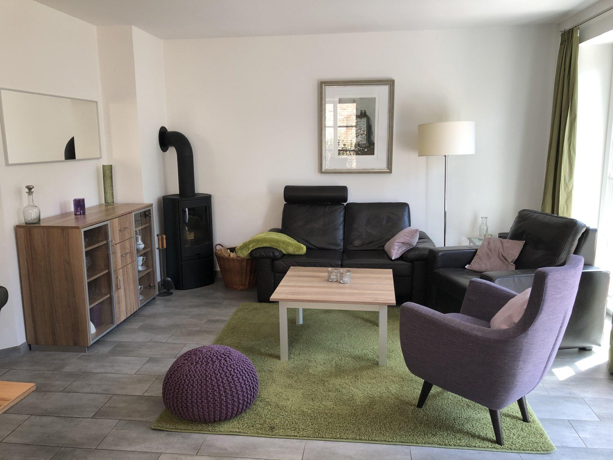 Wohnzimmer mit Kaminofen und Wlan