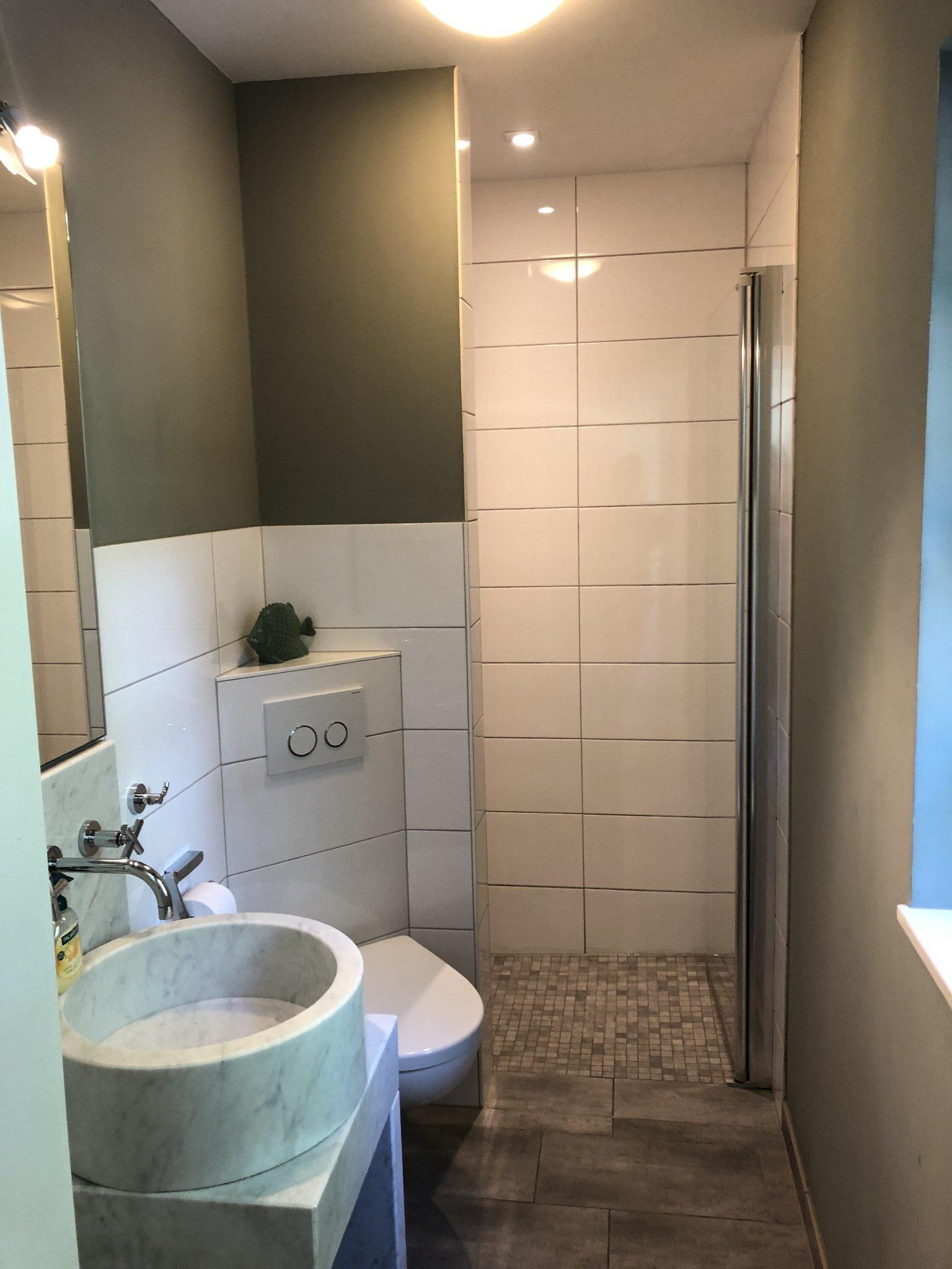 Bad EG/ebenerdige Dusche/Fußbodenheizung