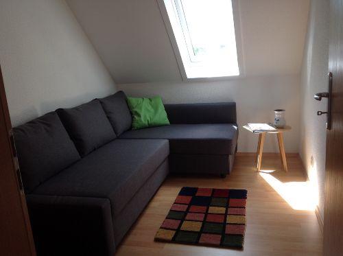 Schlafzimmer 2 mit ausziehbarer Liege