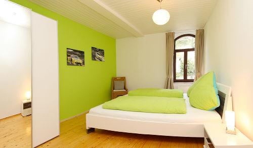 2. Schlafzimmer Grüne Hölle