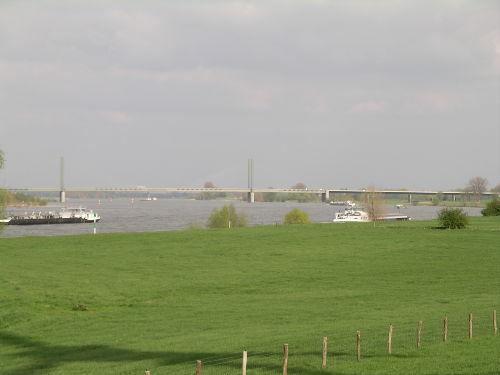 Ansicht Rhein mit Rheinbr�cke Rees