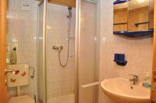 Bad mit Dusche / WC