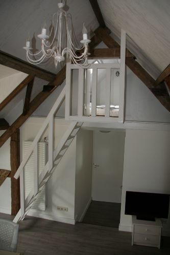 Das Zweibettzimmer (der Dachboden)