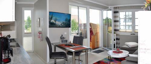 Wohnzimmer mit Eßbereich