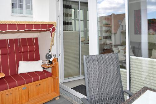 Terrasse mit eigenem Strankorb