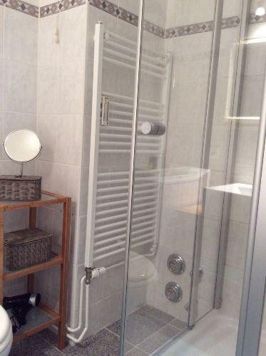 ... mit Dusche