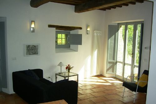 Wohnraum mit Balkont�r