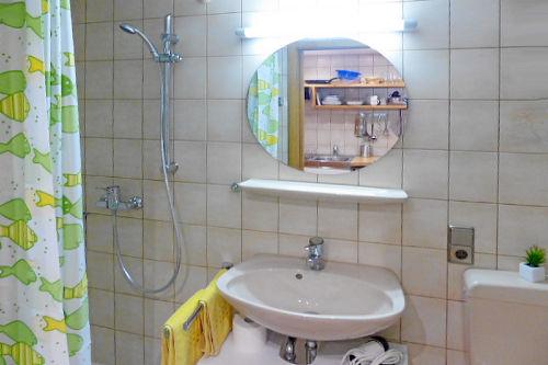 Badezimmer, Appartement 4