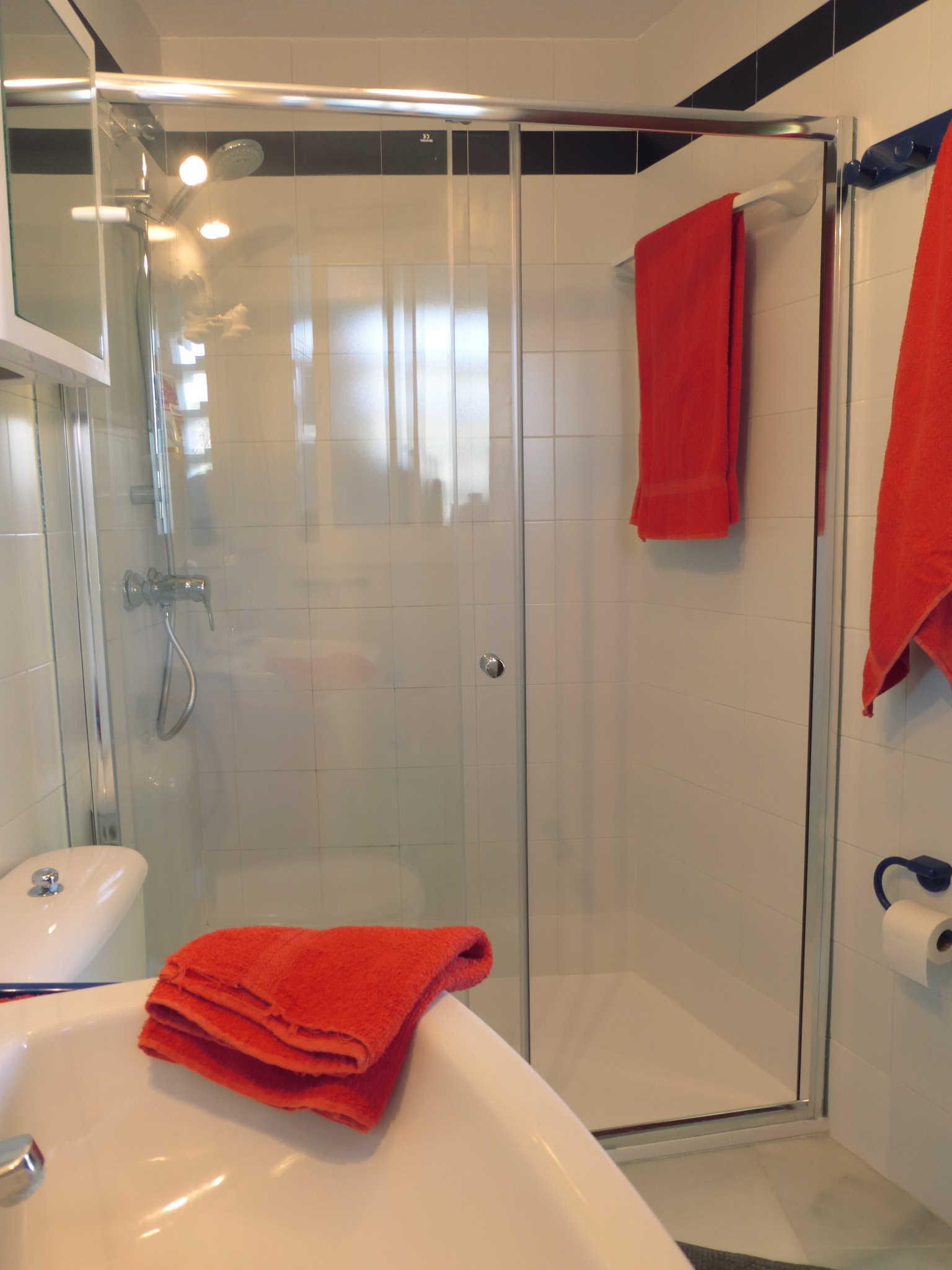 Das Duschbad gehört zum landseitigen SZ