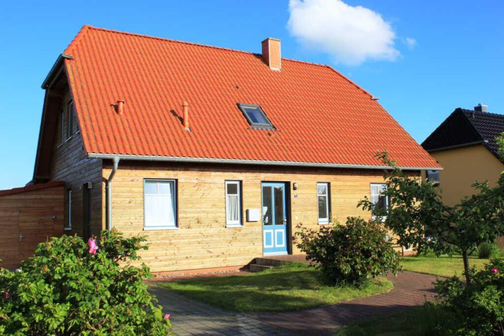 DEB 016 Ferienwohnung in Gustow, Ferienwohnung in