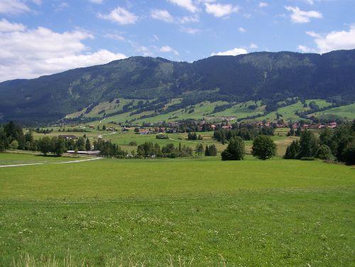 Eschenberg mit Blick auf Trauchgau