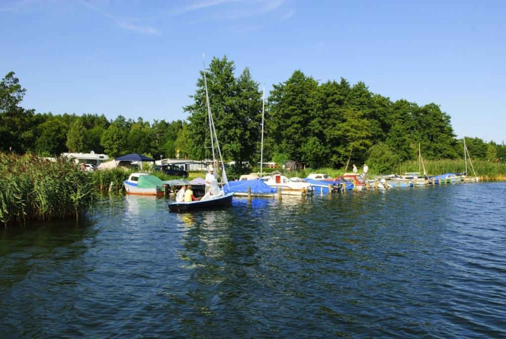 Campingplatz am Krakower See, Ferienwohnung ' Lie