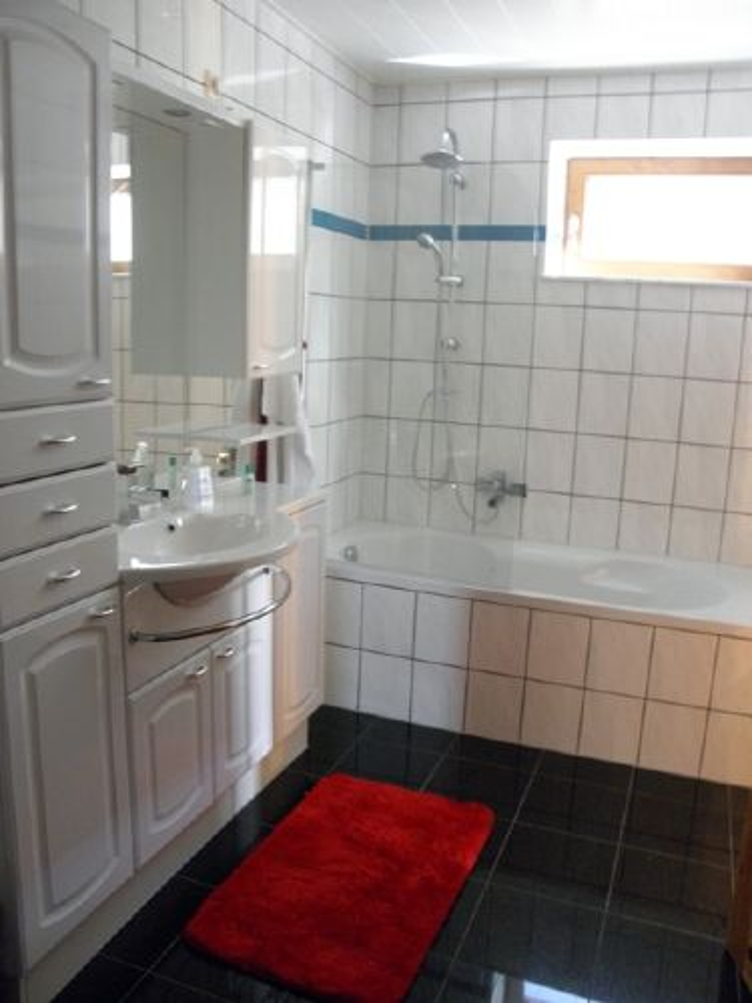 Küche offen zum Wohnbereich