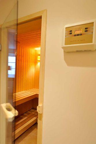 Die Sauna im UG - klein aber fein!
