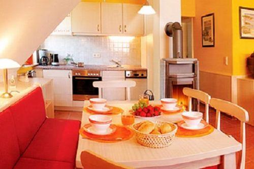 Beispielfoto Essbereich mit Küche