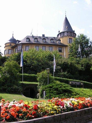Genovevaburg in Mayen mit Schiefermuseum