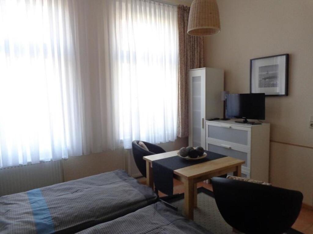 Ferienwohnungen in Kühlungsborn-Ost, (54-2) 1- Rau