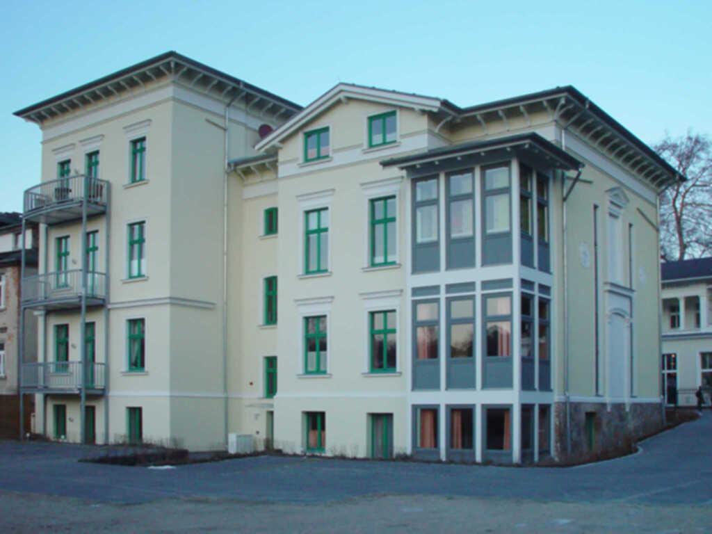Villa Perkunos, Wohnung parterre mit Terasse 1