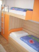 Gästezimmer/Kinderzimmer m. Stockbetten