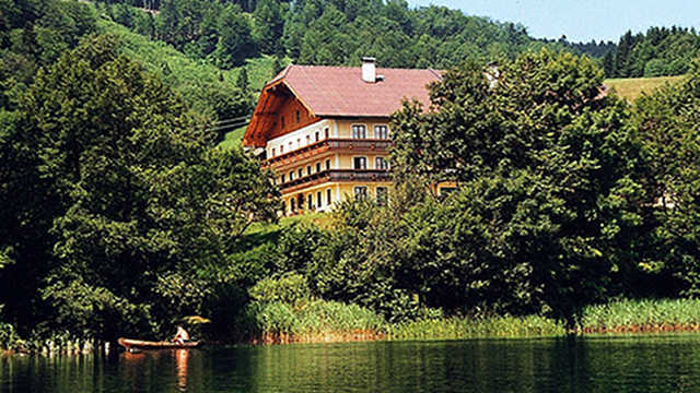 Haubnerhof am Irrsee, Appartment Seestern
