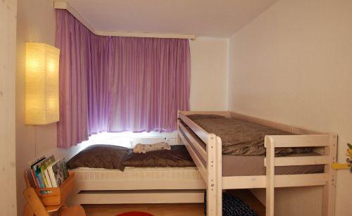 Separates Schlafzimmer mit Etagenbett