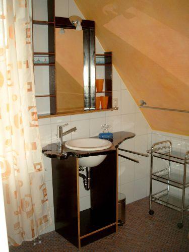 Duschbad Waschbecken