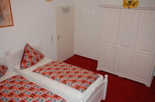 Ferienwohnung Kassel Schlafzimmer 1.1
