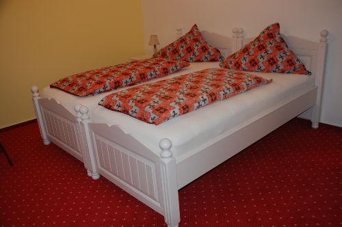 Ferienwohnung Kassel Schlafzimmer 1,2