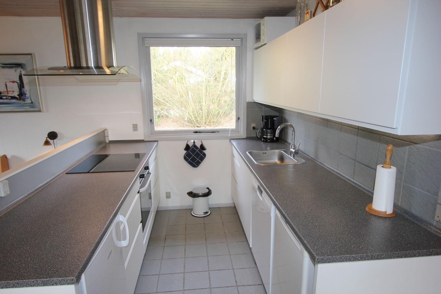 Küche mit Trio / Kochen -Bachen- Spülen