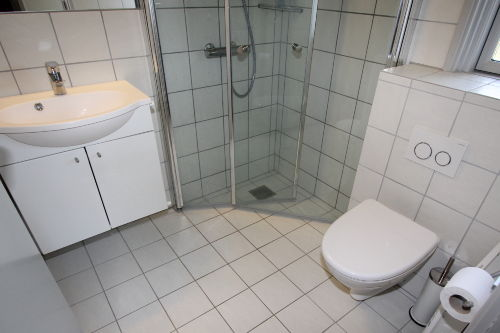 Das neue Bad mit Füßboden Heizung