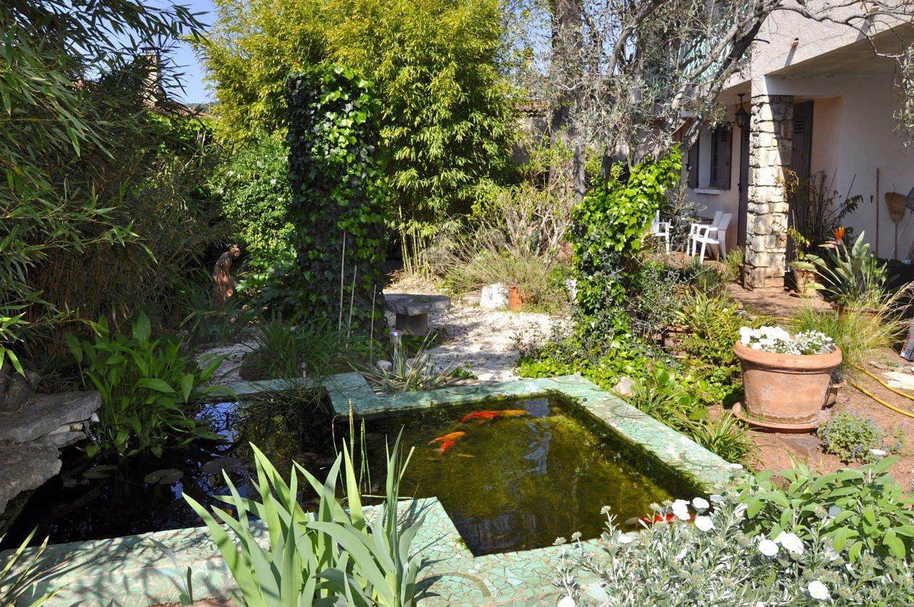 Garten und Terrasse zwei
