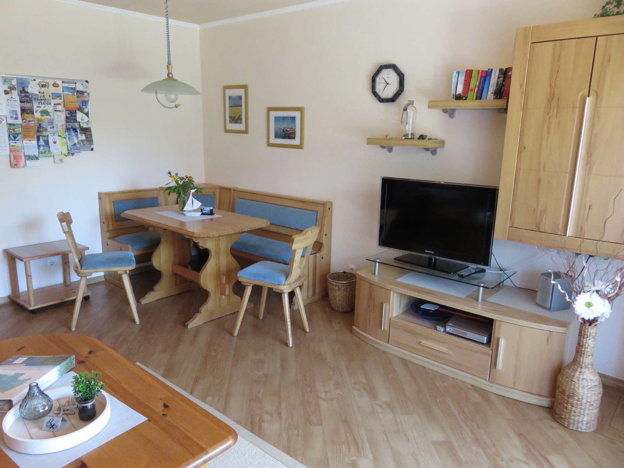 Wohnzimmer mit Ess-Ecke