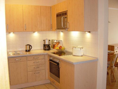 Küche mit Geschirrspüler u. Backofen!